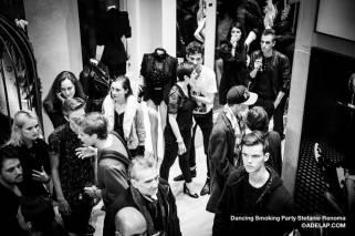 Dancing-Smoking-renoma©adelap-8354-2